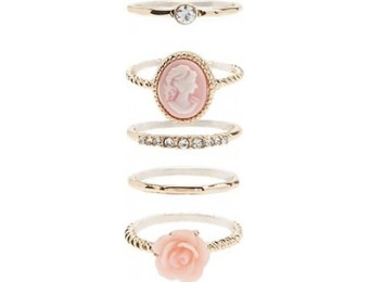83% off Rose & Portrait Ring Set