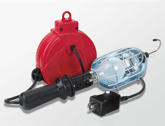 40% off Craftsman Incandescent Work Light w/ 20' Retractable Reel