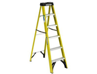 Werner 6ft. Fiberglass Step Ladder, 225lb. Load Capacity Type II Rating