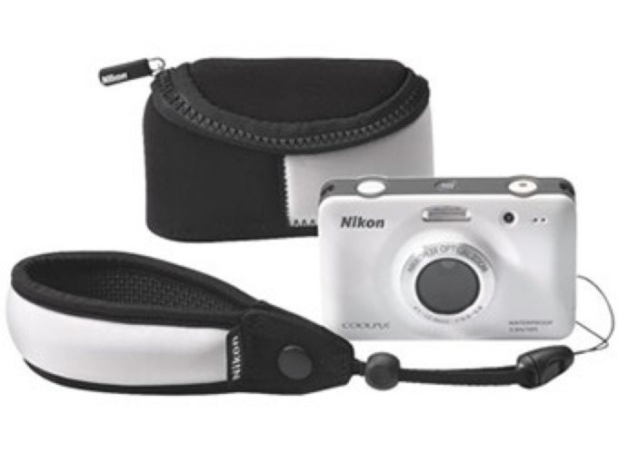 Nikon Coolpix S30 Bundle