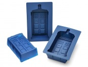 Deal: $7 off Doctor Who TARDIS Gelatin Mold Set