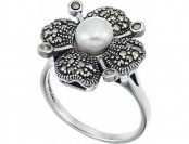 85% off Sterling Silver Marcasite Floral Ring Mother of Pearl