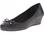 51% off Easy Spirit Women's Davalyn Wedge Pump