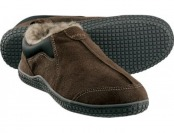 83% off Clarks Men's Hensley Slippers - Brown (10)